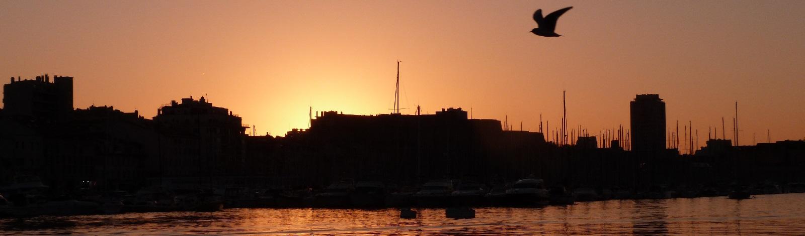 Photo Vieux port de Marseille, coucher de soleil