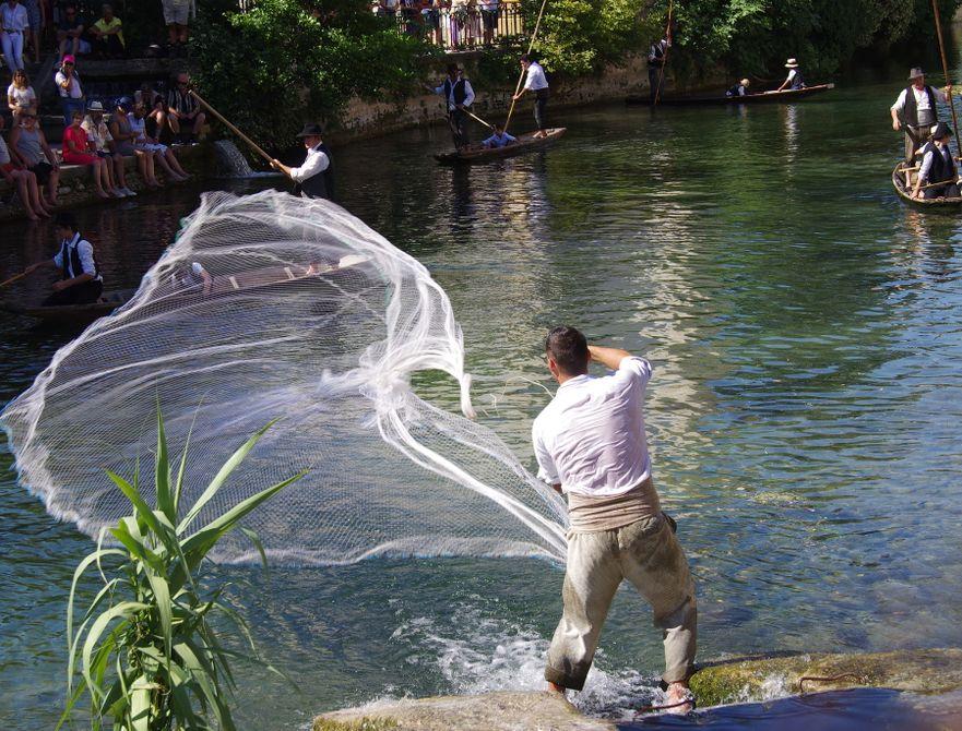 pêche épervier pêcheur sorgue vaucluse