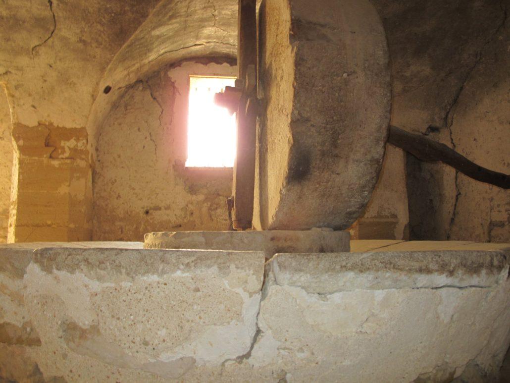 moulin moulins meule vaucluse provence visite guide