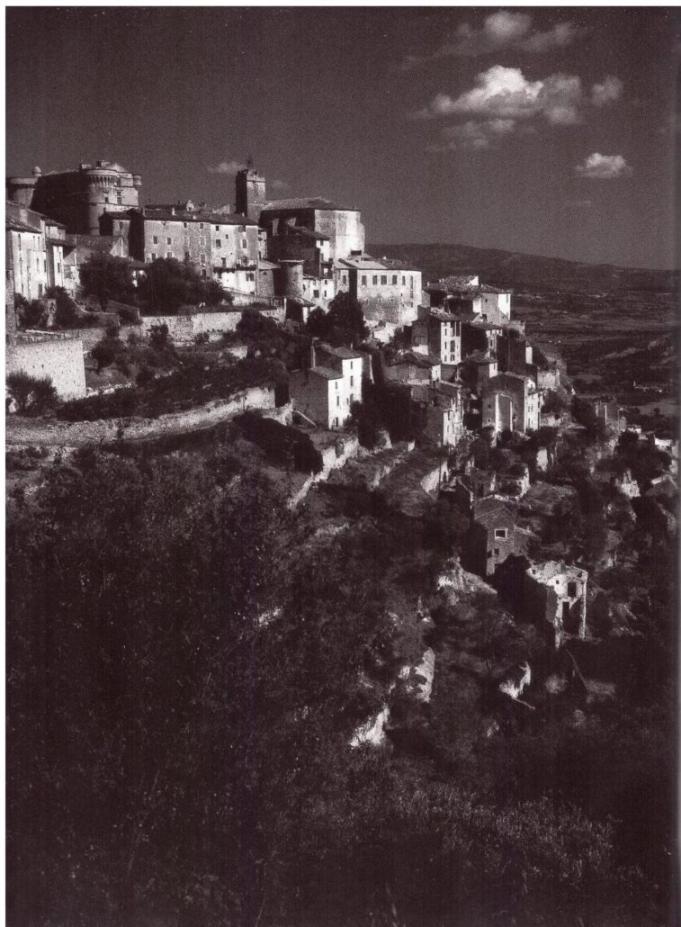 Gordes willy ronis artiste photographe photographie vaucluse provence vadrouille visite guidée